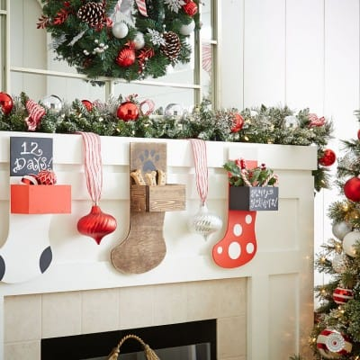 Holiday Stocking Planter – Sign-up for this fun DIH Home Depot Workshop!