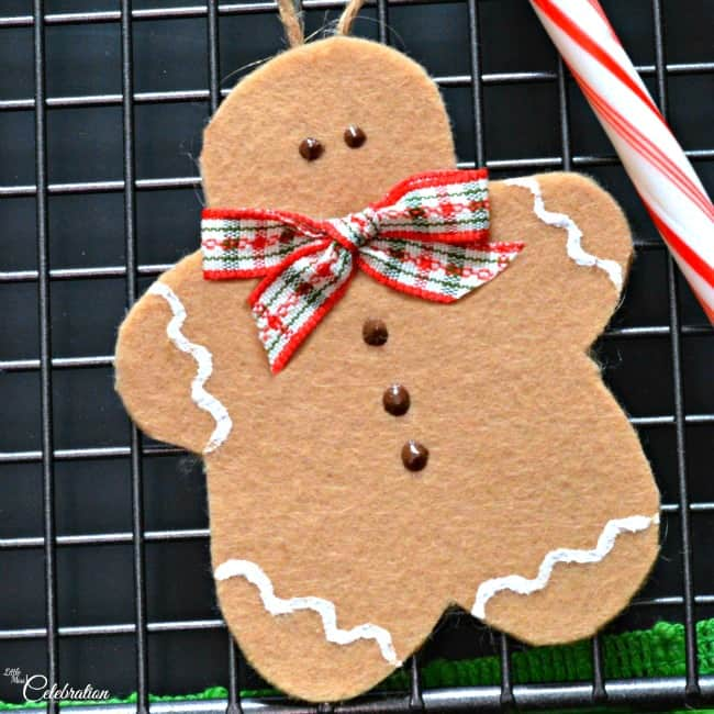 Felt Gingerbread Ornaments from Little Miss Celebration