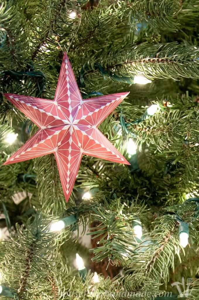 Free-Printable-3D-Snowflake-Star-Ornaments from Houseful of Handmade