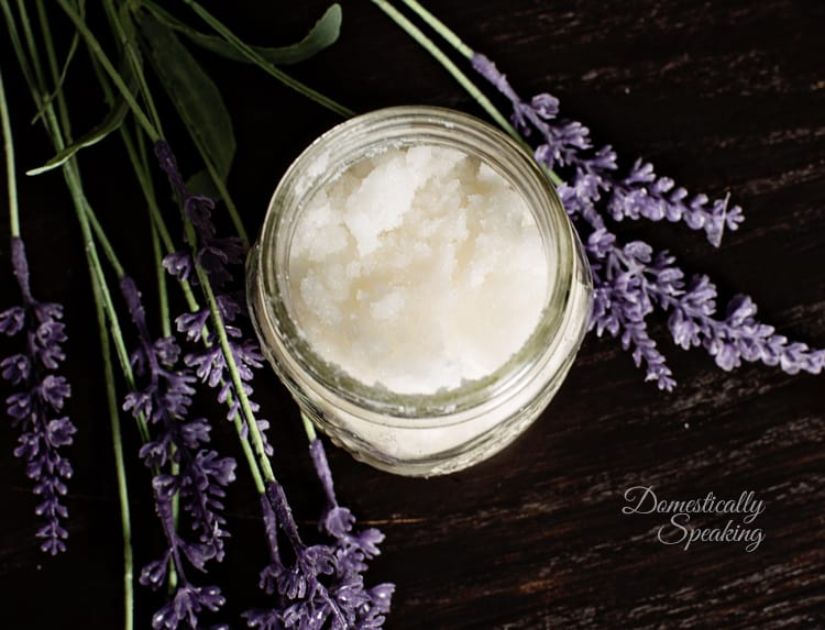 Homemade Body Scrub Recipe Vanilla Lavender smells amazing perfect for winter skin