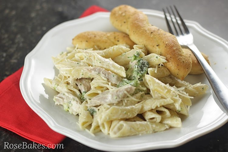 Easy-Chicken-Broccoli-Alfredo from Rose Bakes