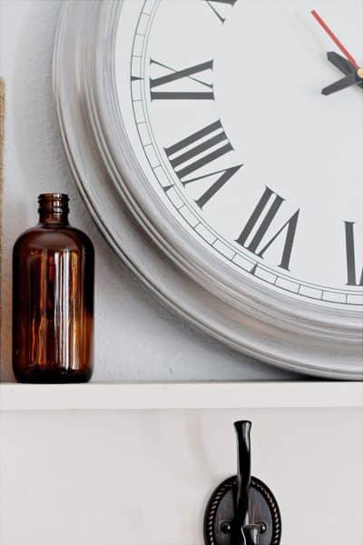 Thrift Store Clock   An Easy Paint DIY