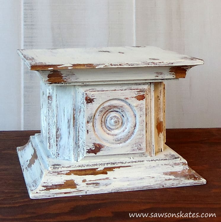 Rosette Chippy Painted Candle Holder