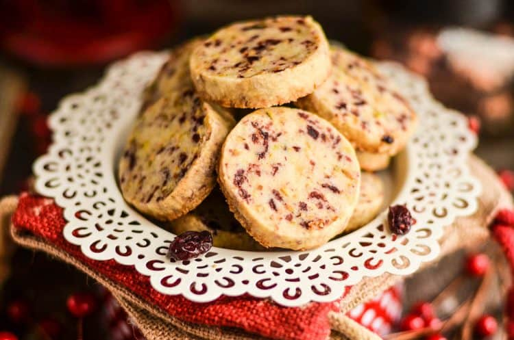 cranberry-pistachio-shortbread-cookies-10