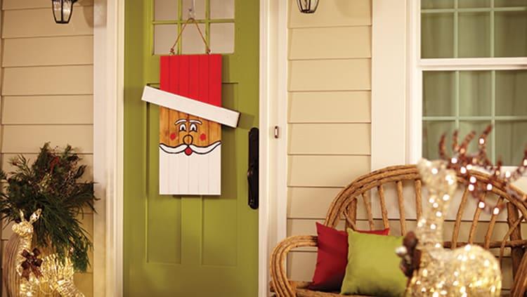 Seasonal Character Door Hanger – Signup free workshop