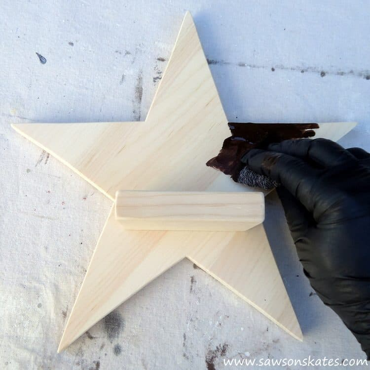 diy-rustic-wood-star-sconce-stain-1