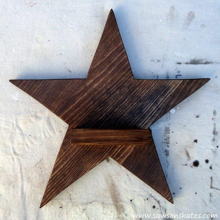diy-rustic-wood-star-sconce-stain-2