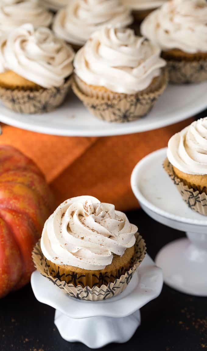 pumpkin-pie-cupcakes-1-1