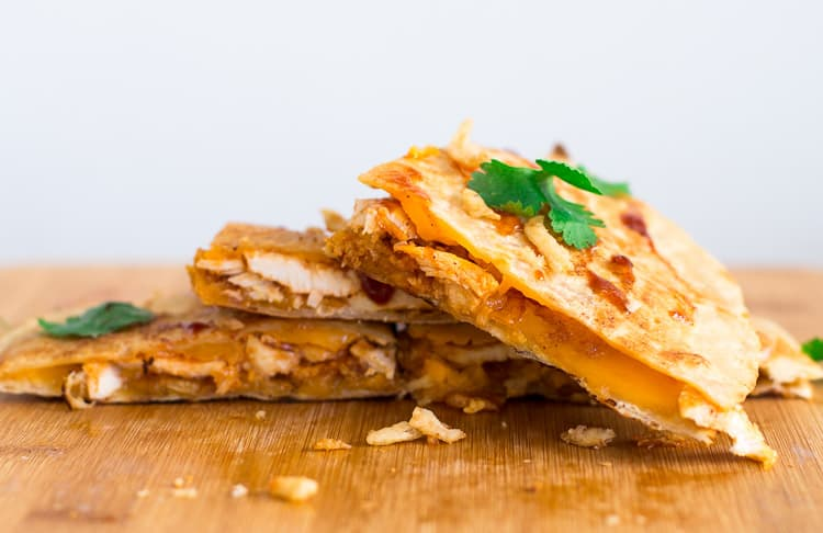 Packed with bbq chicken, cheddar cheese, fried onions for this bbq chicken quesadilla