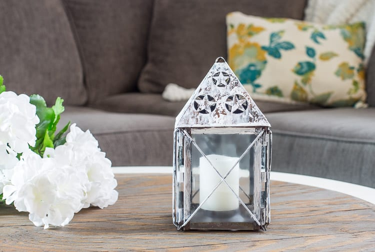 Thrift store lantern makeover using glue and paint | Chippy Lantern with Glue