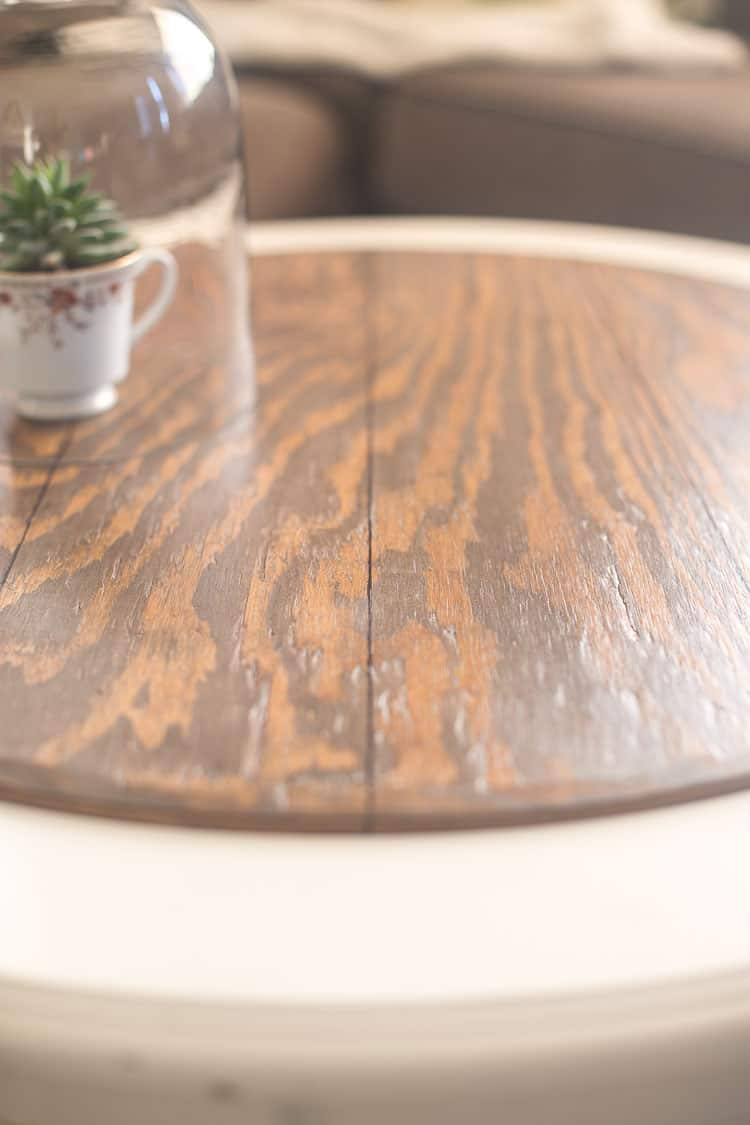 Beautiful sheen on the faux plank tabletop