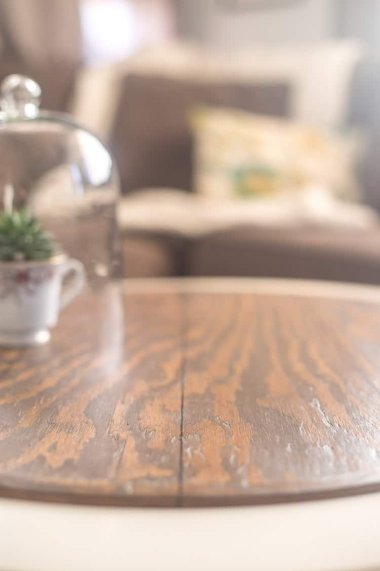 Create a faux plank tabletop with a sharpie