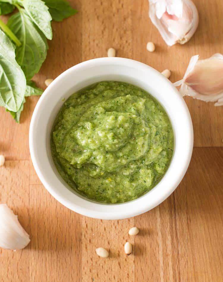 How to Make Homemade Pesto Sauce