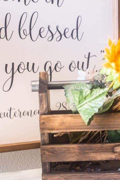 DIY Wood Toolbox for Your Decor