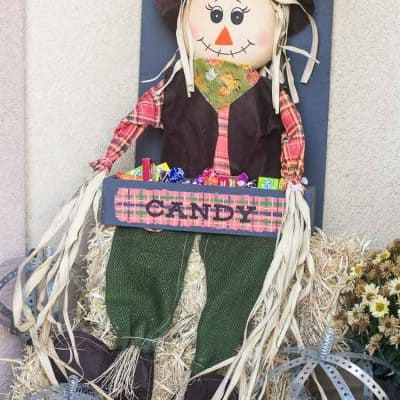 DIY Plaid Scarecrow Candy Holder