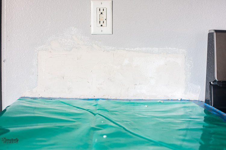 How to Repair and Prep Your Walls before Tiling | DIY Wall Repair