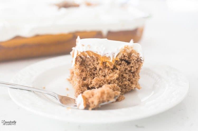 Pumpkin Spice Poke Cake | Easy Fall Pumpkin Dessert | Best Thanksgiving Dessert