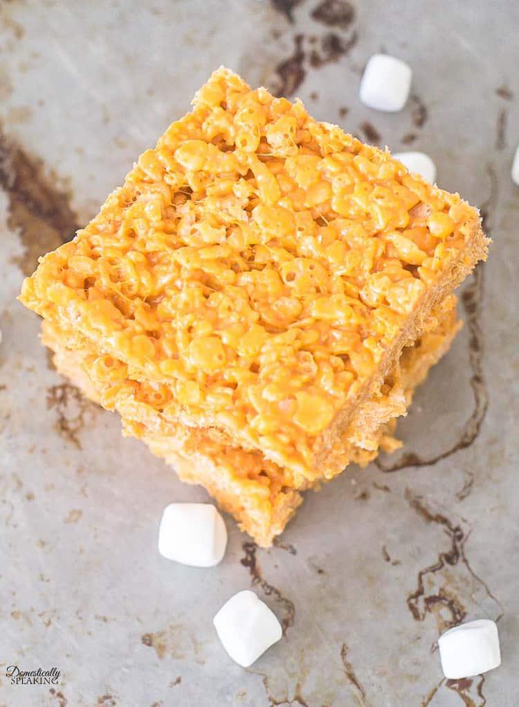 Easy Pumpkin Spice Rice Krispie Treats