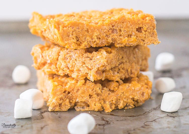 Easy Pumpkin Spice Rice Krispie Treats