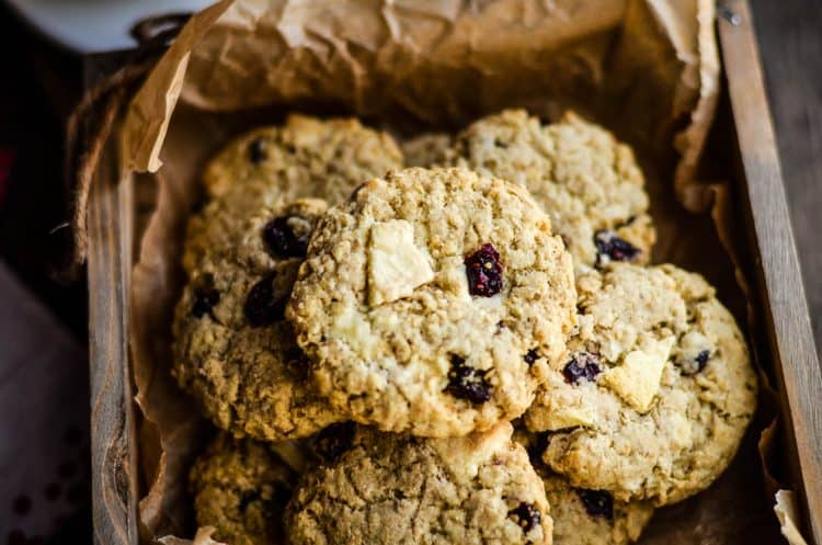 Moist and delicious Cranberry White Chocolate Oatmeal Cookies