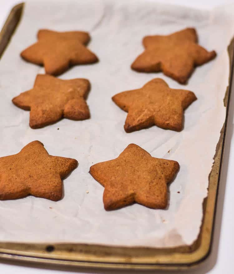 ginger-cut-out-cookies-3