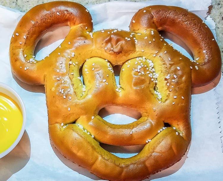 Mickey Pretzel at Disneyland - Must Try Disney Foods!!!