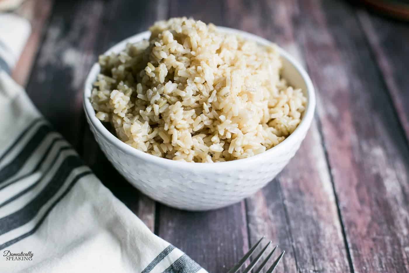Brown Rice in a pressure cooker - get the easy recipe!