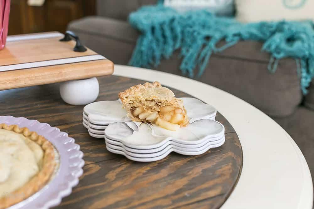 apple pie on flower shaped plate
