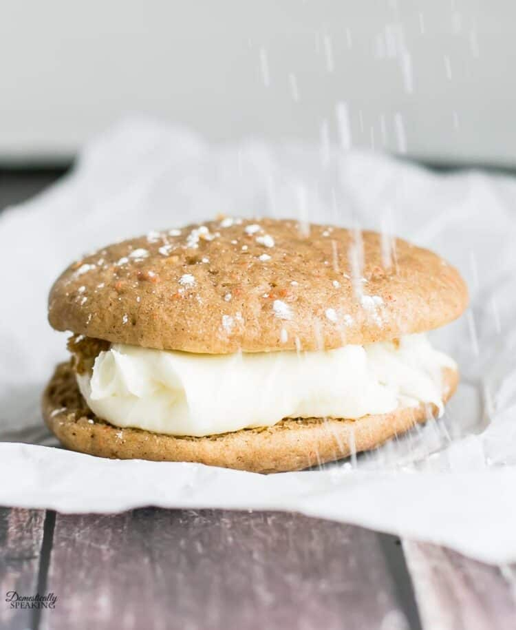 powdered sugar sprinkling on whoopie pie