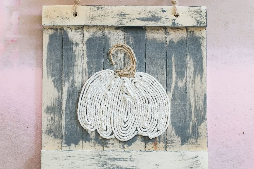 Finished twine pumpkin sign