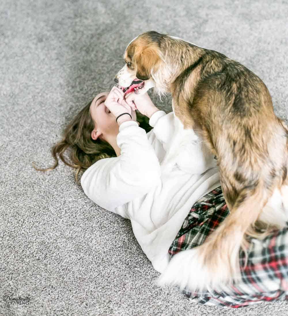 Ona and Juliana playing on the PetProof Carpet