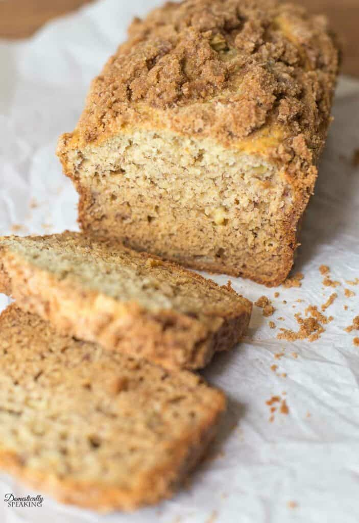 Banana Bread with a Crumb Topping